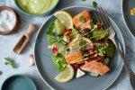 Koolhydraatarme Salade Met Zalm, Avocado en Feta (Gezond Recept)